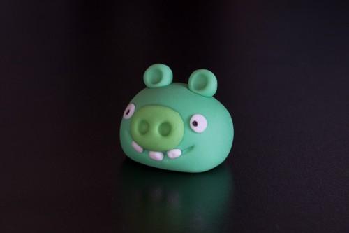 Angry Birds gris med tænder