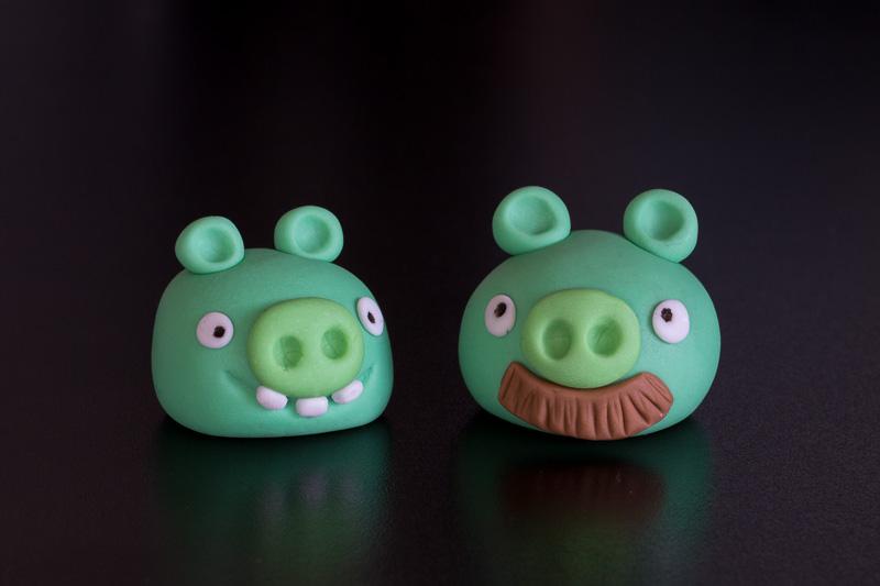 Angry Birds grise lavet i fondant og gumpaste