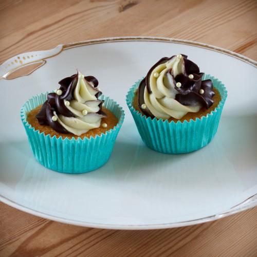 Vanilje cupcakes med mint og mørk ganache