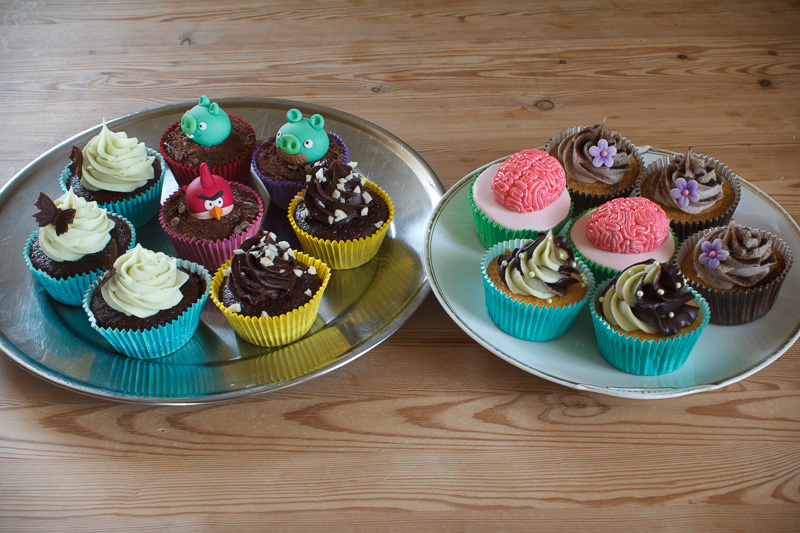 "Cupcakes pyntet til ""DM"" i cupcakes"