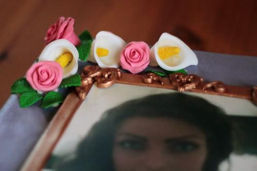 Roser og calla liljer