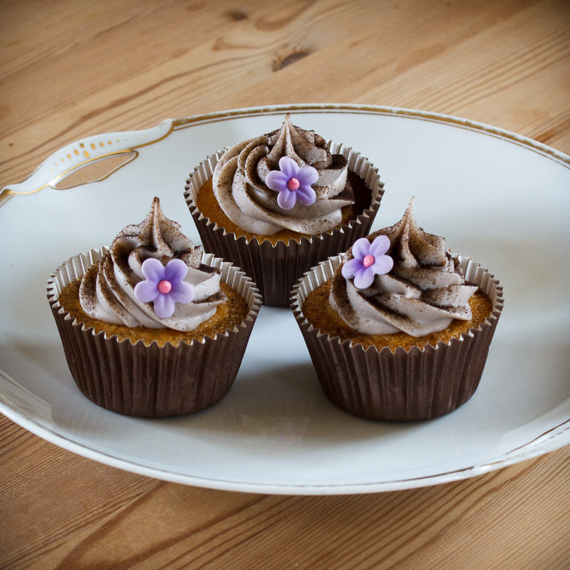 Cupcakes med lakrids ganache topping